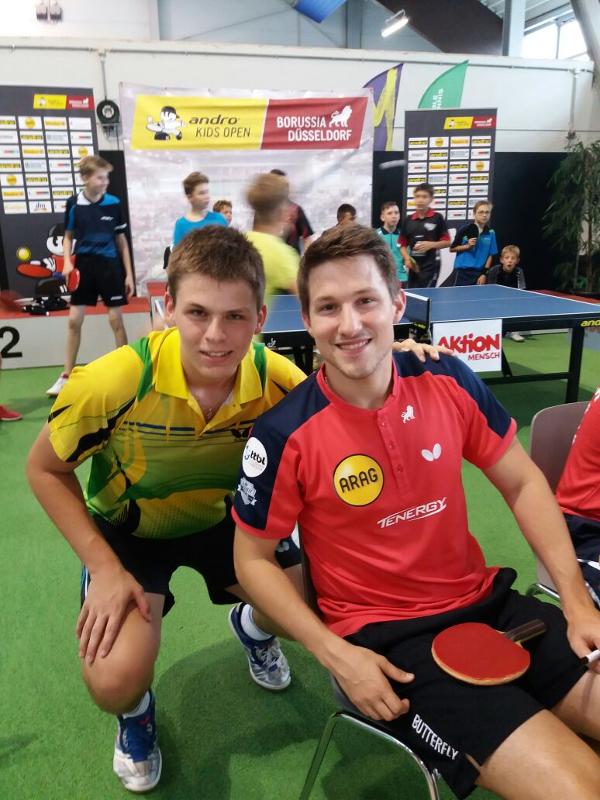 Lukas Lautsch mit Düsseldorfs Profi Kristian Karlsson