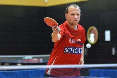 Rossi Niezgoda gewann mit Jan Skvrna das Schlussdoppel!