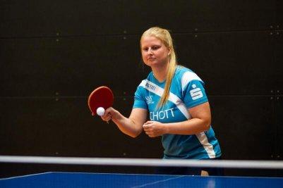 Spitzenspielerin Martina Adamekova und ihr Team erwarten am Sonntag den Ligaprimus!
