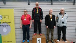 Manfred Dittrich (l.) ist stolzer Silbermedaillengewinner!