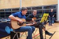 Ralf und Alexander Mrowka spielten zur Eröffnung auf!